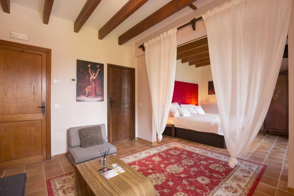 EsPouet Suite: 1. Schlafzimmer