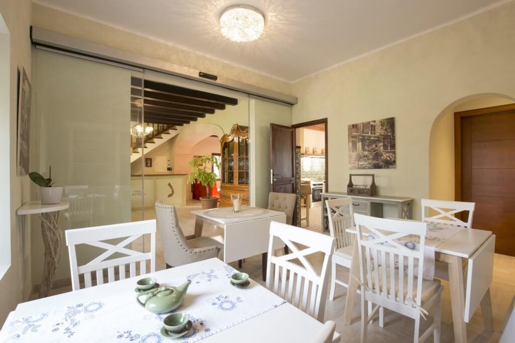 Frühstücks- und Essbereich - Küche